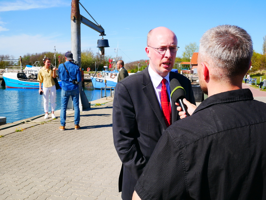 Minister Pegel im Interview