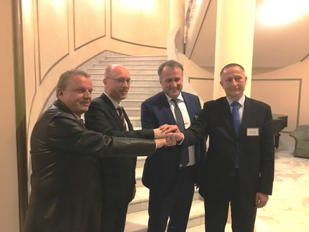 Uwe  Leuschner, DB Cargo Russia, Energieminister Christian Pegel, Alexej Grom, United Transport and Logistics Company (UTLC) Dr. Gernot Tesch, Hafen Rostock