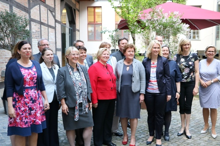 Die Ministerinnen und Minister für Jugend- und Familie in Quedlinburg.