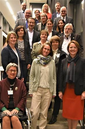 Die Integrations- und Ausländerbeauftragten der Länder auf der Jahreskonferenz in Erfurt.