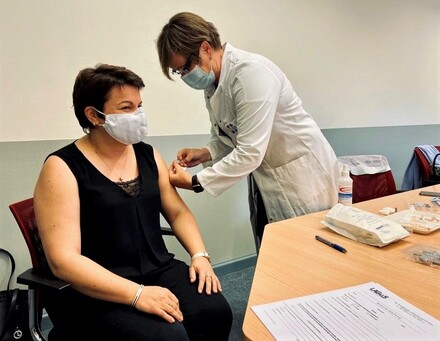 Ministerin Drese bei der heutigen Grippeschutzimpfung