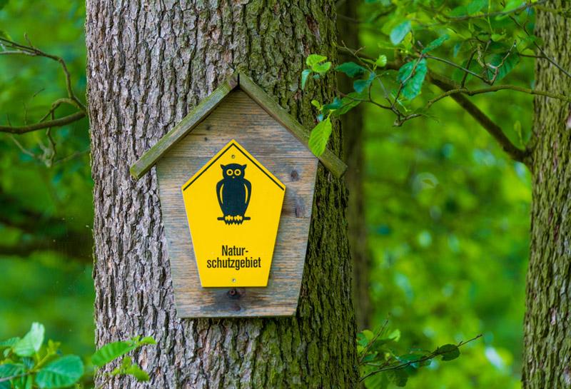 Die Eule als Symbole für Naturschutzgebiete